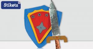Escudo e espada de cartão