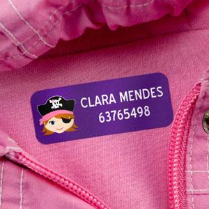 Etiquetas para roupa médias